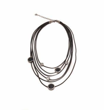 Biba sieraden korte ketting meerdere draden met schuifkralen