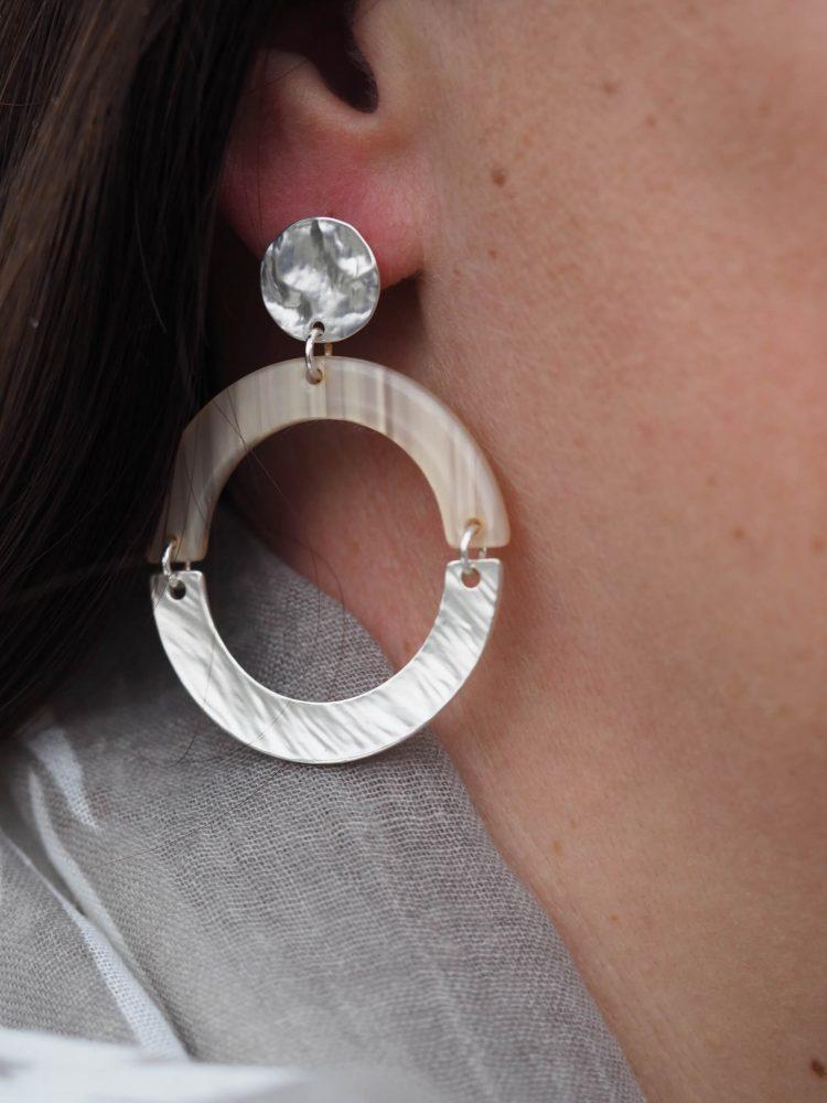 Formaat Biba oorbellen open ring in verschillende kleuren