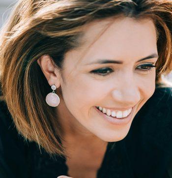 Viva Jewellery oorhangers met gekleurd glas