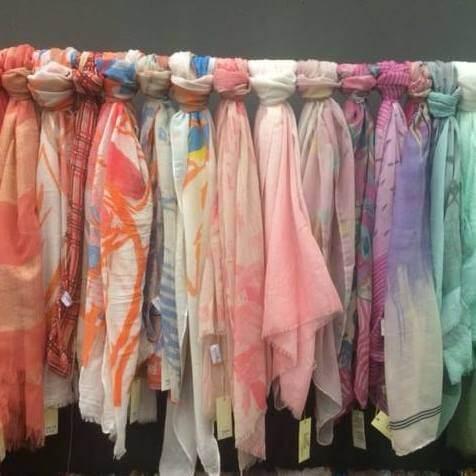 Biba sjaals fleurige kleuren