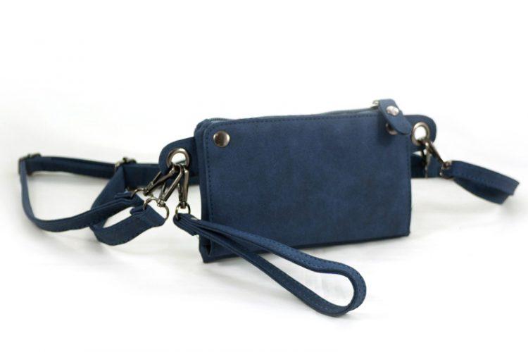 Blauw heuptasje met vakjes voor pasjes