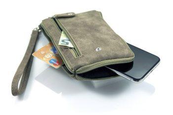 Groene portemonnee met telefoonvak