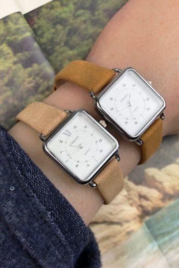 ernest-horloge-selin-beige- vierkante klok