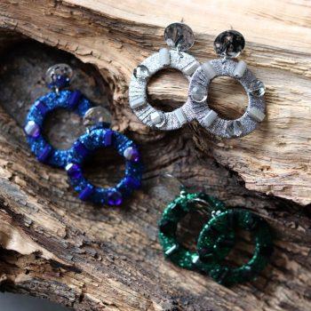Biba oorbellen rond hanger met crystal kraal