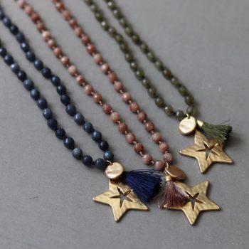Biba lange kettingen met natuursteen kralen in verschillende kleuren verkrijgbaar