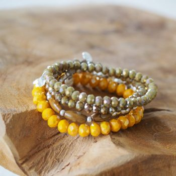 Kralen armbandjes van Biba kies je kleur