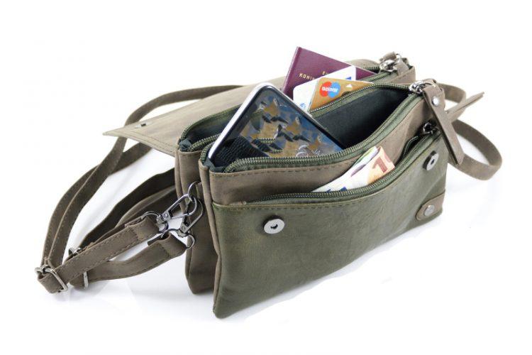 Groen heuptasjes met 3 vakken en tussenvak