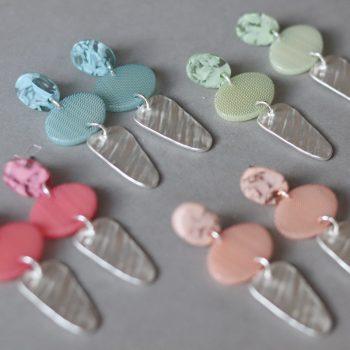 Biba oorhangers met elipce hanger verschillende kleuren