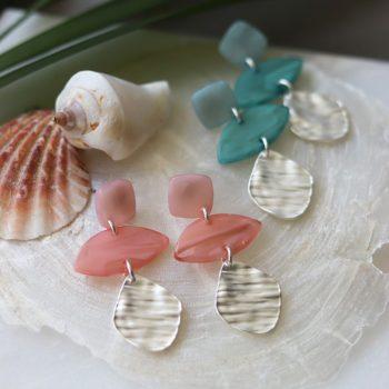 Biba zilver metaal art ovaal oorbellen verschillende kleuren