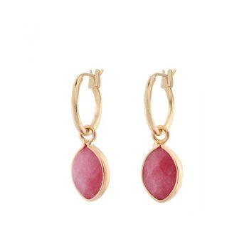 Biba goudkleurige oorringen donker roze natuursteen hanger