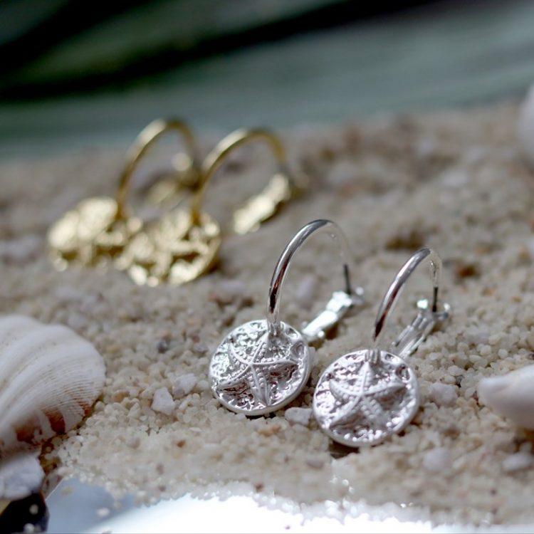 Biba oorringen met hanger zeester zilverkleurig of goudkleurig