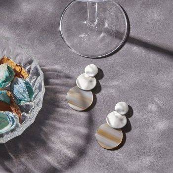 Biba oorbellen Lotte zilverkleurig - driedelige discus
