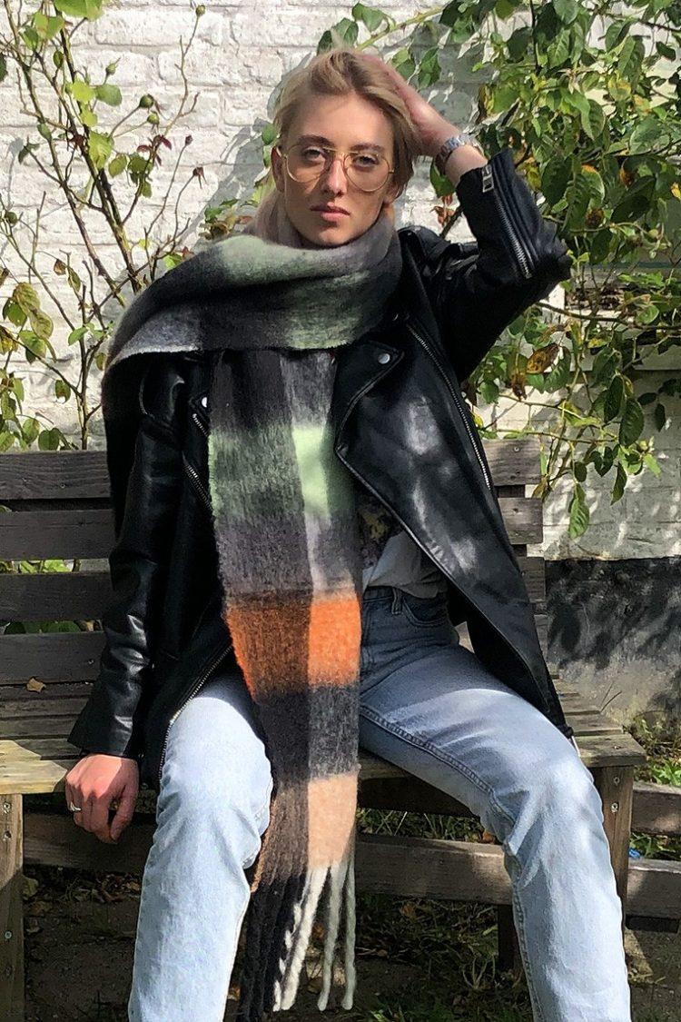 Extra lang Sjaal Fabianne geblokte kleuren sjaal- zwart