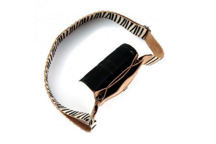 Klein tasje met zebra vachtje bruin binnenkant
