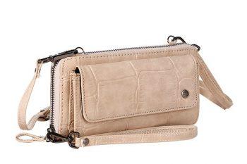Grote beige portemonnee met pols en schouderband voorkant